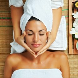 Beauty Therapy Online Courses Shutterstock
