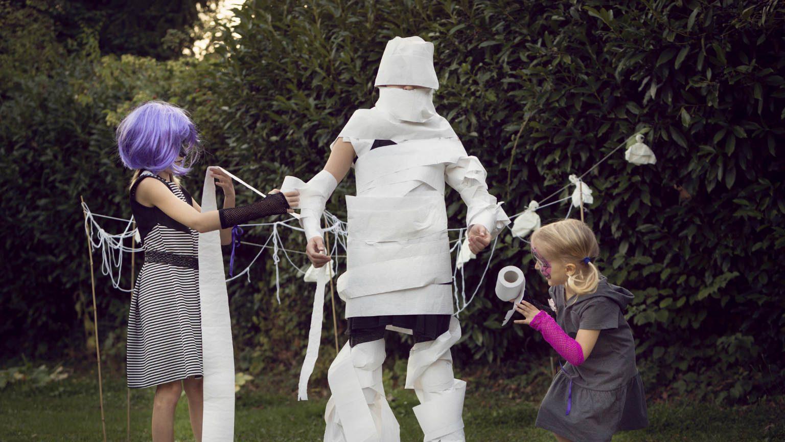 Kids in cute Halloween costume