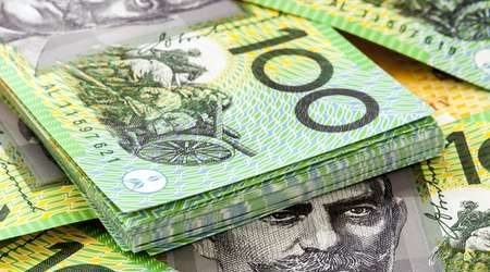 Australian dollar makes rebound, but pandemic fears continue