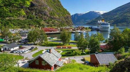 Where to look for the best prepaid SIM cards when travelling to Norway