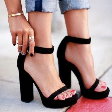 Top 8 sites to buy heels online | .au