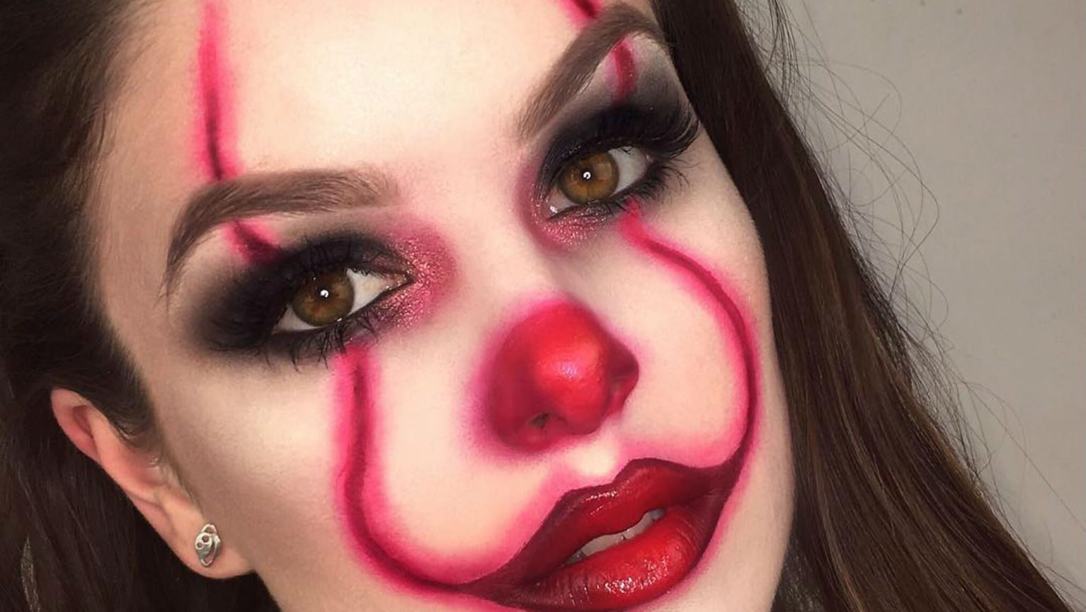 Pennywise makeup