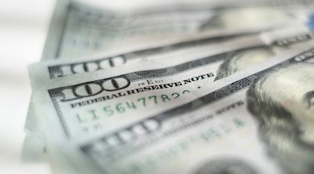 How to buy USD online