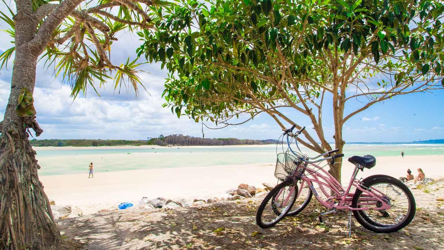 A bike ride along the shore at Noosa