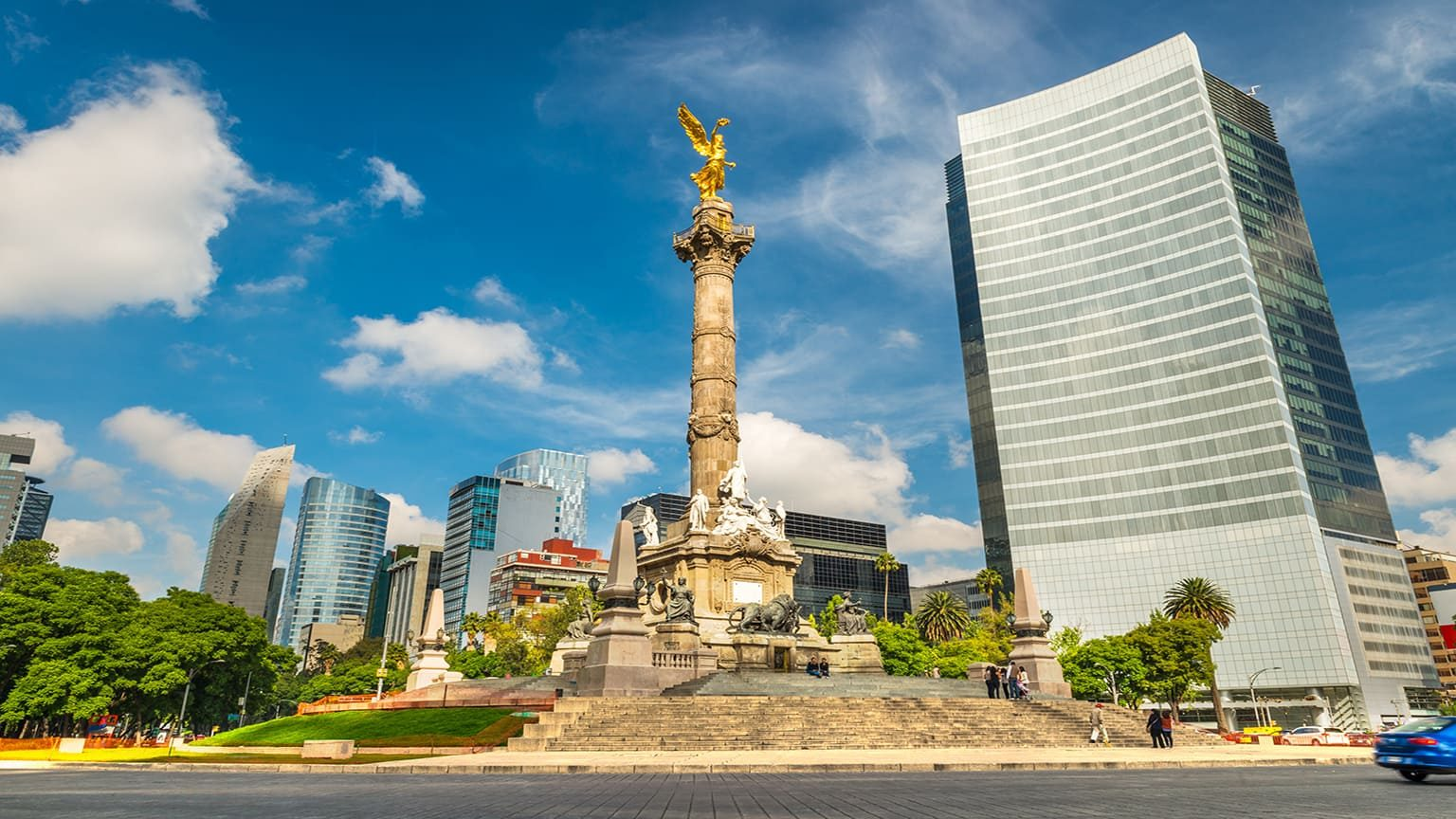 The Angel of Independence stands in the center of a roundabout in Mexico City, Mexico