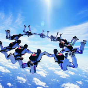 GroupSkydiving_Getty_300x300
