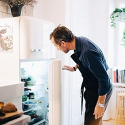 Looking_At_Refrigerator_GettyImages_250x250
