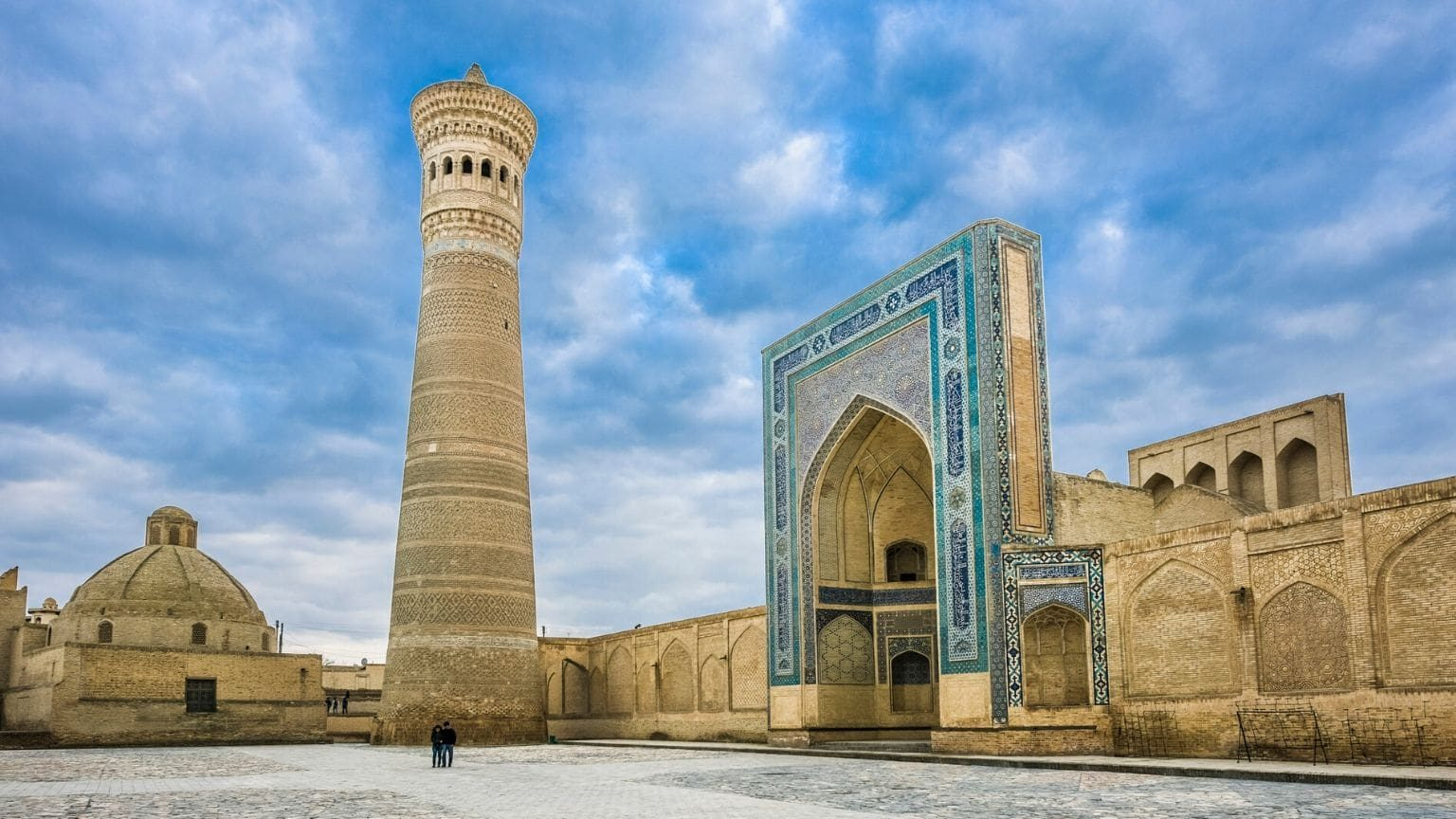 Kalon mosque and minaret in Bukhara, Central Asia