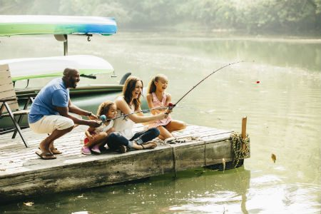 Family_Fishing_450x300