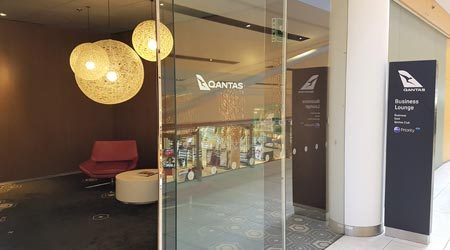 Qantas Business Class Lounge Sydney International Review