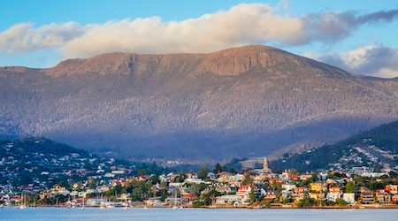 HobartMountainWellington_GettyImages_450x250