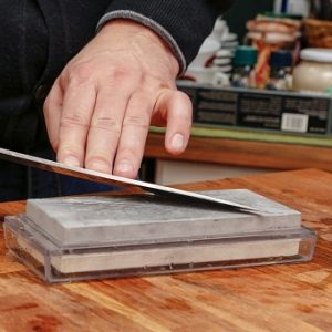 knifesharpener_getty_300x300