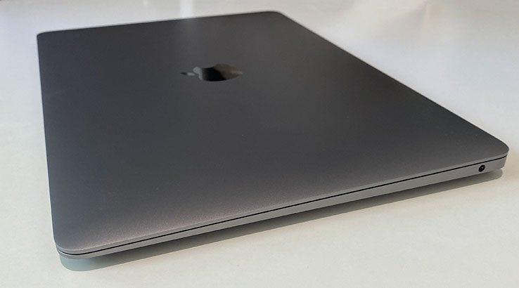 Apple MacBookAir (2020)