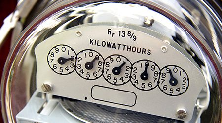 What is the average (kWh) cost of electricity in Australia?