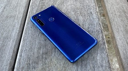 Motorola_G8_3_AlexKidman_Finder_450x250