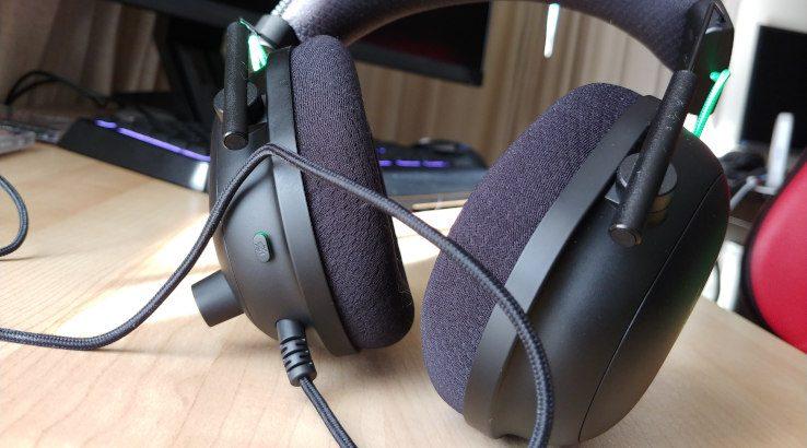 Razer BlackShark V2 ear cushions