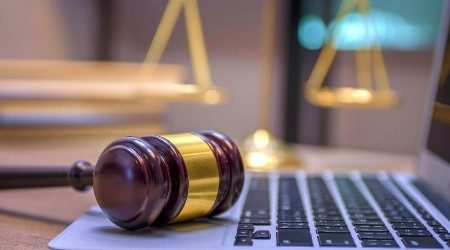Online lawyers, legal advice and services