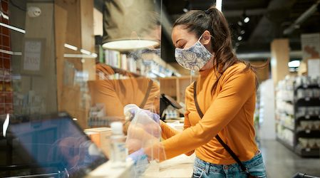 Woolworths customers asked to wear face masks in NSW, ACT and parts of QLD