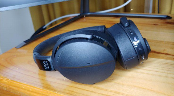 EPOS ADAPT 560 headset