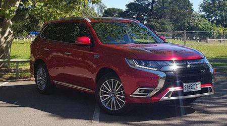 Mitsubishi Outlander PHEV: Hands-on review