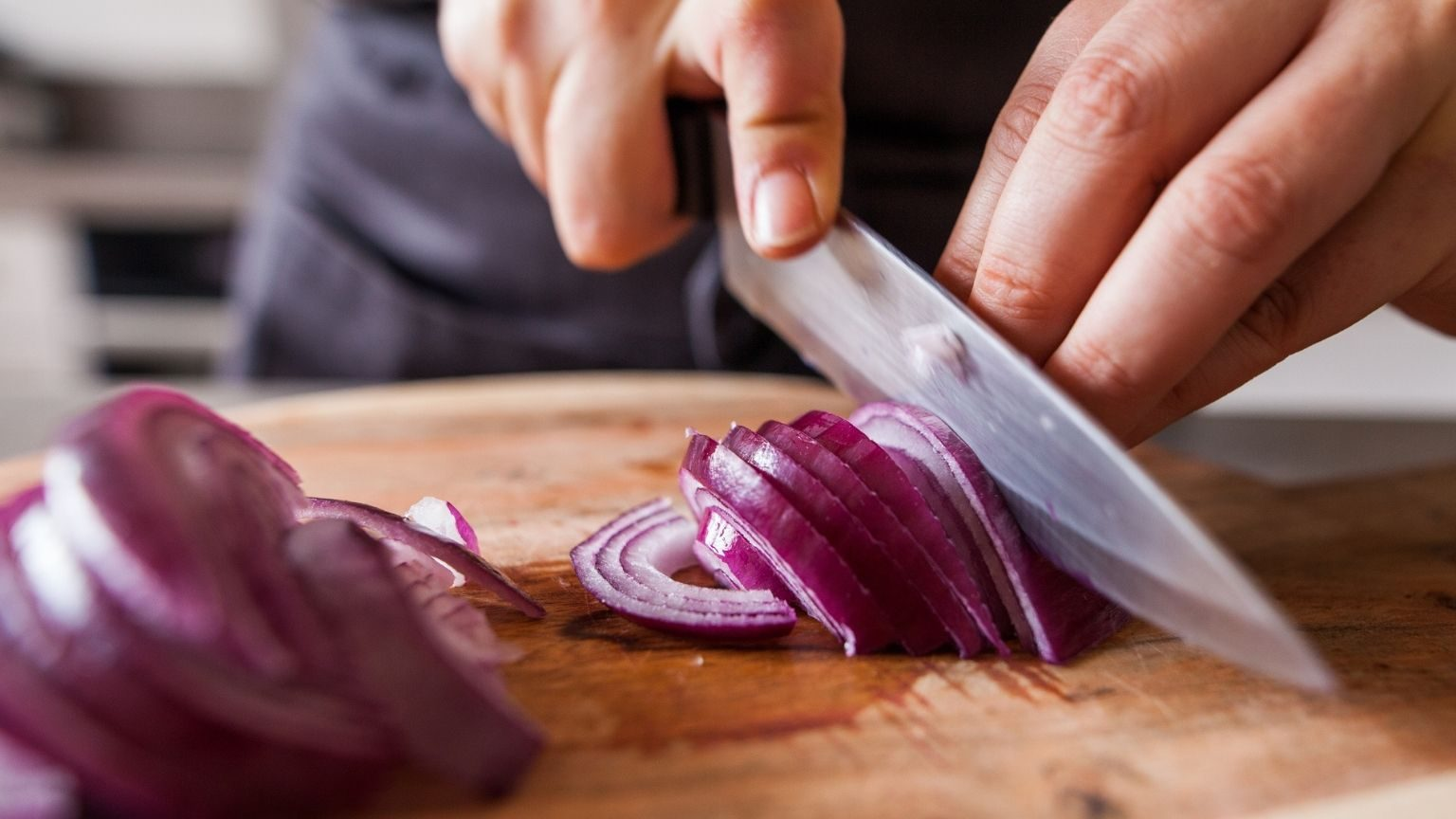 Chef using kitchen knives