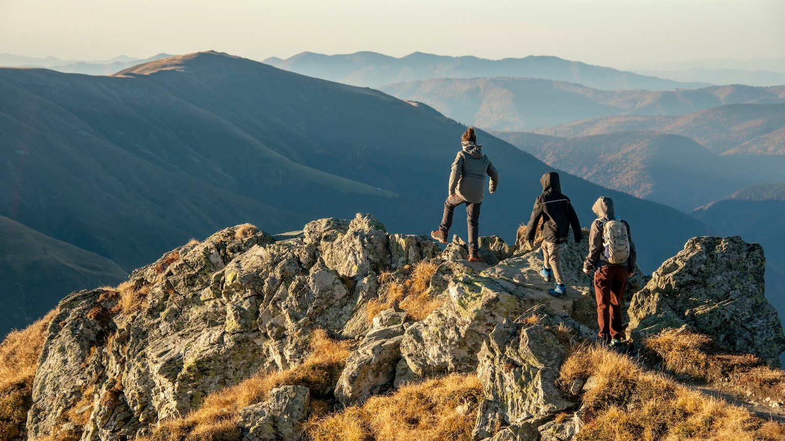 Vânătarea lui Buteanu, at 2,507 metres, is the eighth-highest peak in Romania and the fifth-highest peak from Făgăraș Mountains