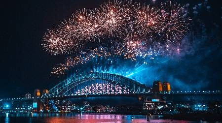 How to watch Sydney's New Year's Eve fireworks | Ticketholders have access, but you still have options [Updated]