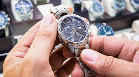 How to start a watch business