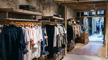 How to start an online clothing rental business