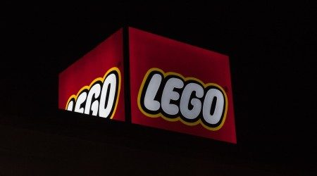 Where to buy LEGO chess sets online in Australia