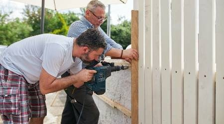 How to start a fencing business