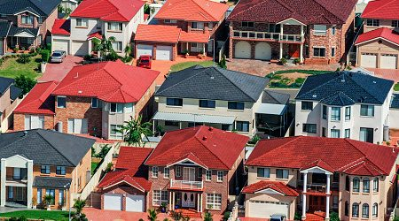 Finder's CST: Just 49% say it's a good time to buy property, a drop of 18 points