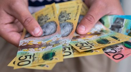 Finder's RBA Survey: 87% of experts say consumer saving will dip as cash rate holds