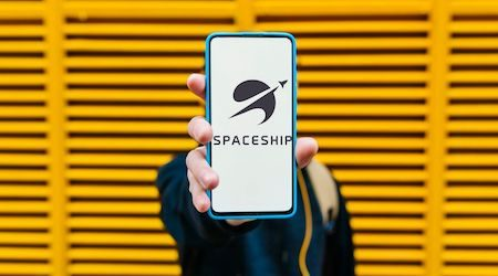 Spaceship adds account fee for small investors: Is it still worth it?