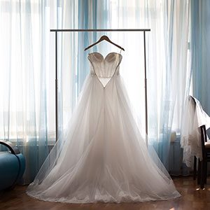 Find And Buy The Perfect Wedding Dress Online Finder Com,Wedding Guest Wedding Dresses For Girls Indian