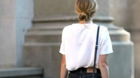 13 ways to style your t-shirts