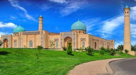 A visitor's guide to the best prepaid SIM cards in Uzbekistan