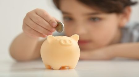 Kids' allowance: How much do Americans dole out?