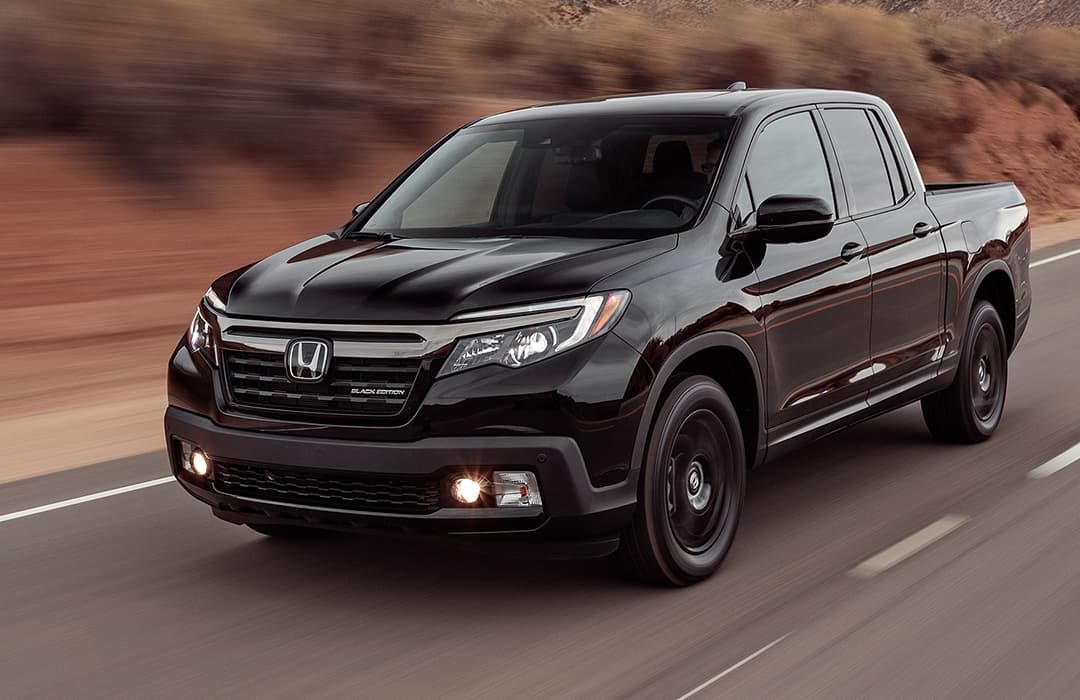 Honda Ridgeline 2019 in motion on a highway