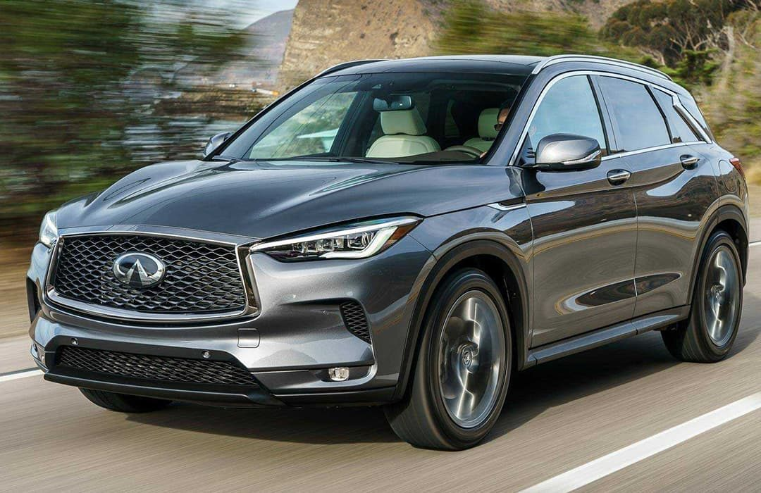 Infiniti QX50 2019 car in motion on  a highway