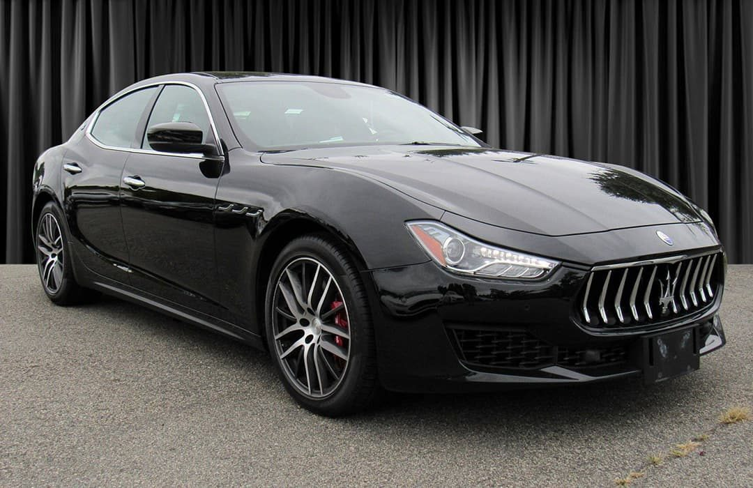 Maserati Ghibli 2019 black car