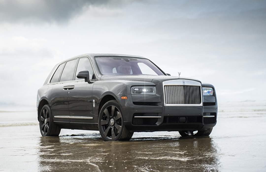 Dark Grey Rolls-Royce Cullinan