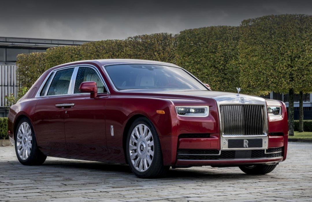 Red Rolls-Royce Phantom