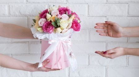 Your deadline for ordering Valentine's Day flowers online