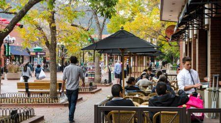 OutdoorRestaurantSitting_GettyImages_450x250