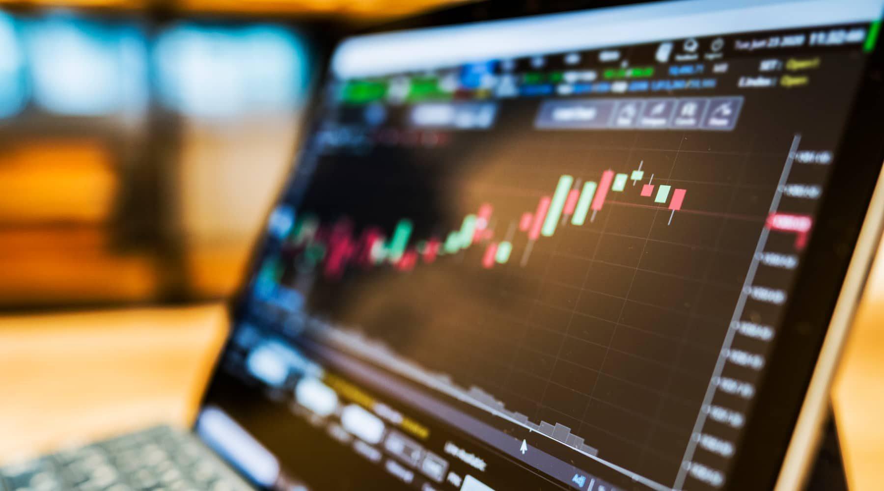 Today's top US stocks: Athene Holding (ATH ↑8.6%), Apollo Global Management (APO ↑8.5%)