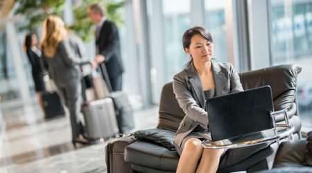 How to choose the best credit cards for airport lounge access