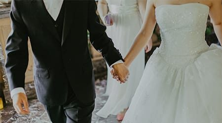 Best credit cards for wedding expenses in 2021