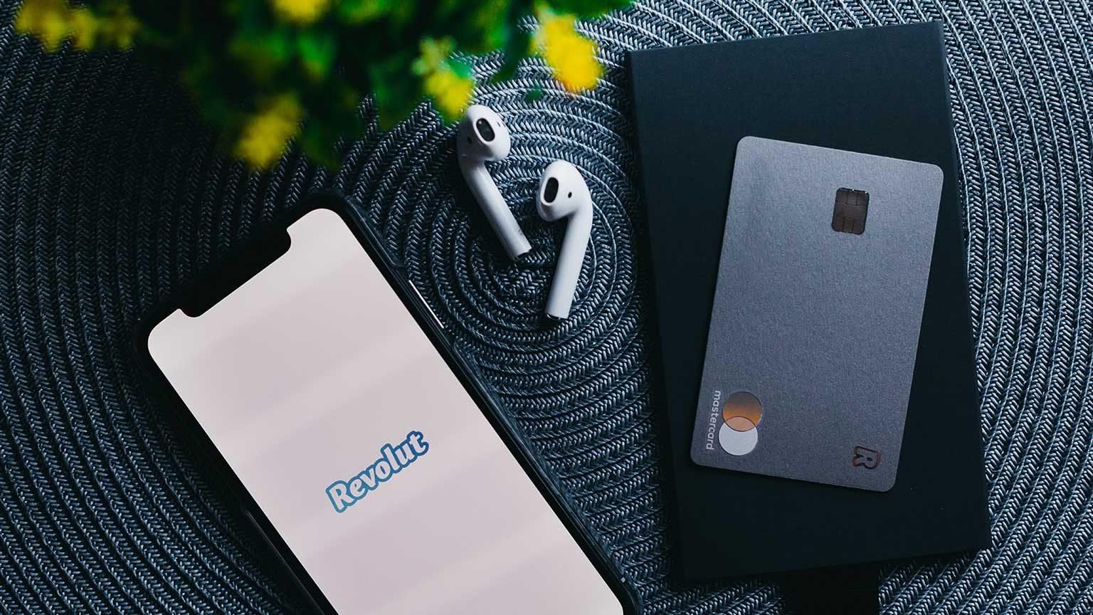 Revolut app and metal card