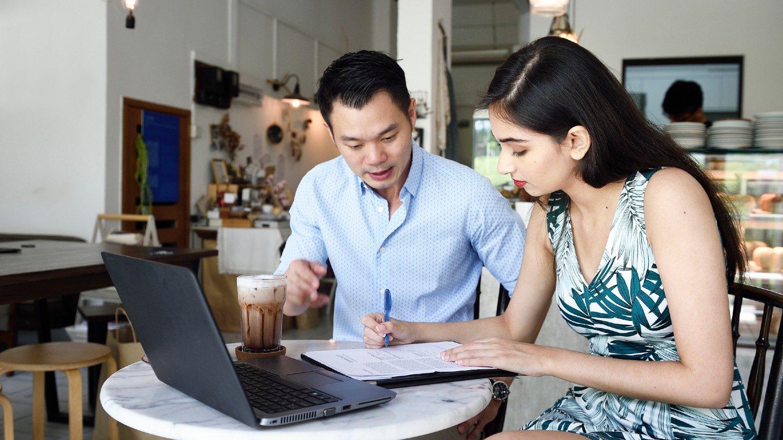 Singapore Woman Men Laptop